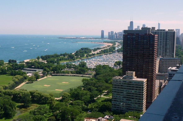3150 N Lake Shore Drive South Roof Deck View