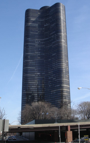Lake Point Tower - 505 N Lake Shore Drive, Chicago, IL 60611