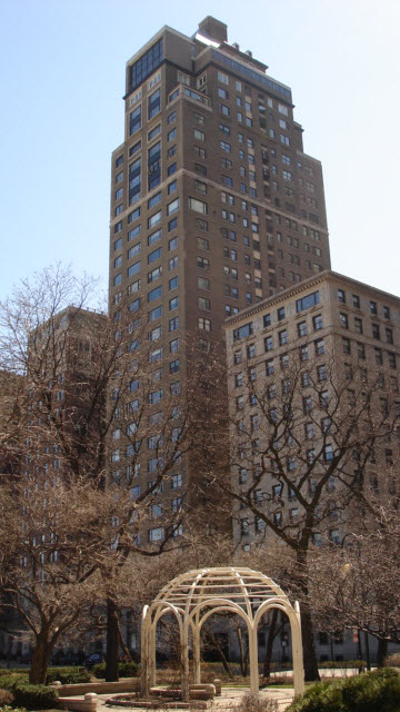 Drake Tower - 179 E Lake Shore Drive, Chicago, IL 60611