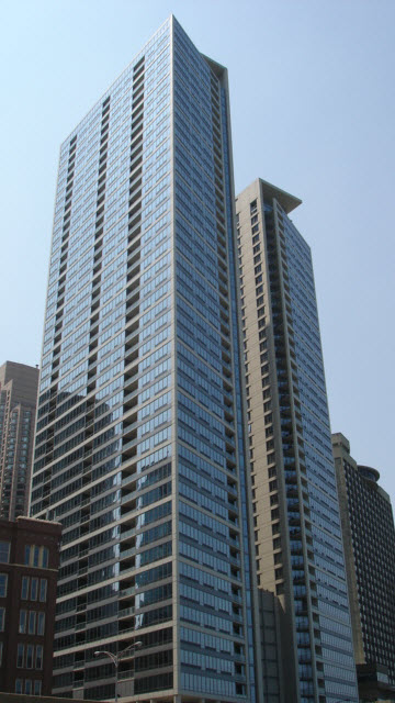 600 N Lake Shore Drive, Chicago, IL 60611