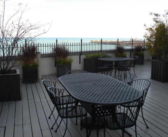 999 N Lake Shore Drive Roof Deck
