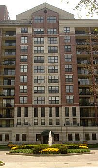 55 W Delaware, Chicago, IL 60610