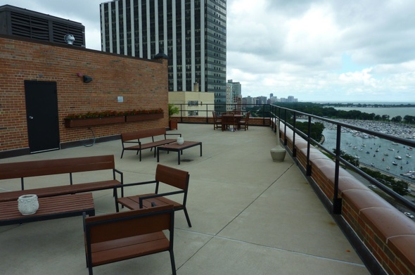 3100 N Lake Shore Drive Roof Top Deck