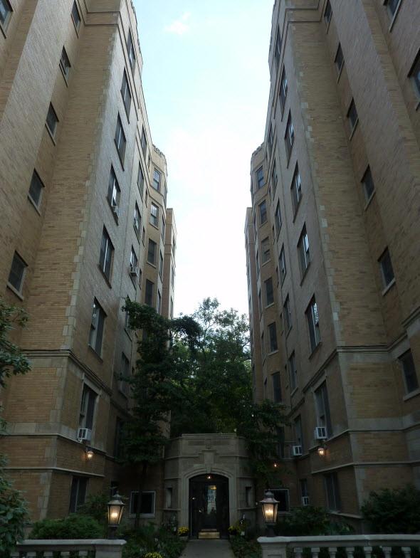609 West Stratford