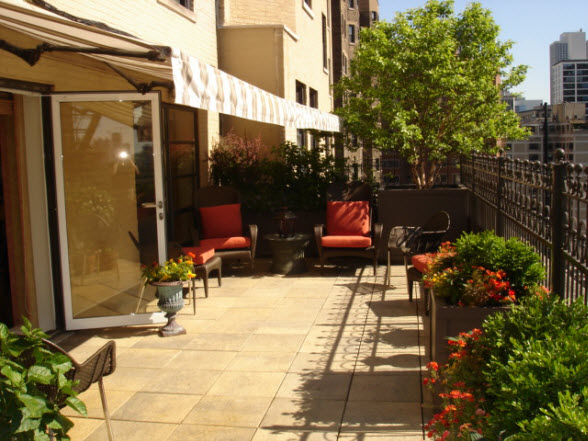 The only terrace at 1430 N Lake Shore Drive (Unit 14)