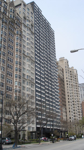 1440 N Lake Shore Drive, Chicago, IL 60610