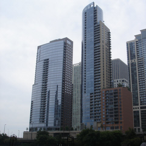 450 & 420 E Waterside Condos in Downtown Chicago