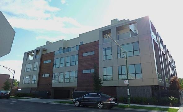 ROW 2750 N Lakewood Ave Building