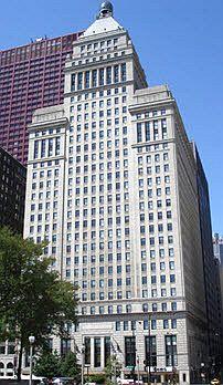Metropolitan Tower in Chicago Photo