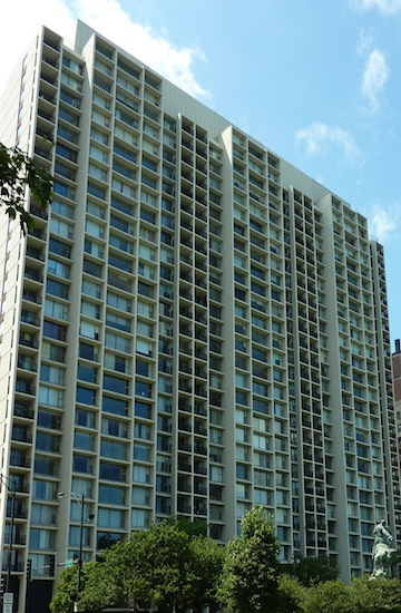 3200 N Lake Shore Drive - Harbor House