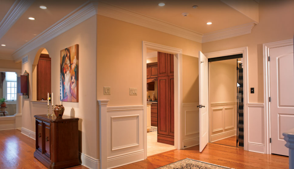 Chicago homes with an elevator for sale for Luxury homes with elevators