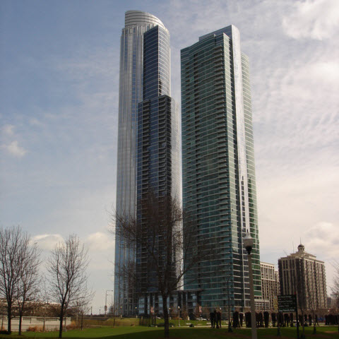 High Rise Condos in Chicago's Near South Side Photo