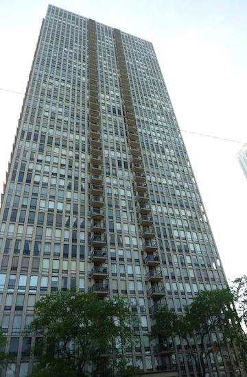 1660 North LaSalle Drive, Chicago, IL 60614